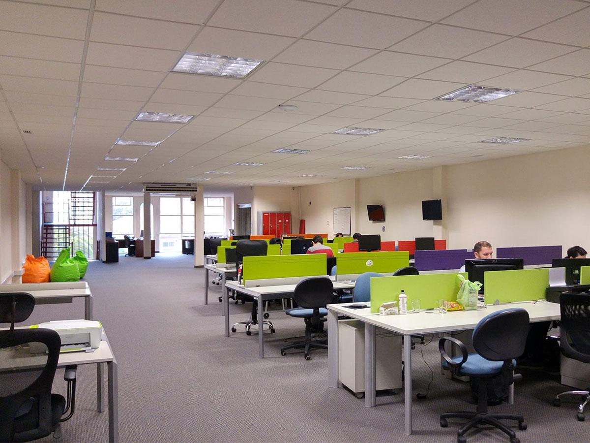 Espacio Centernario Cowork Oficinas